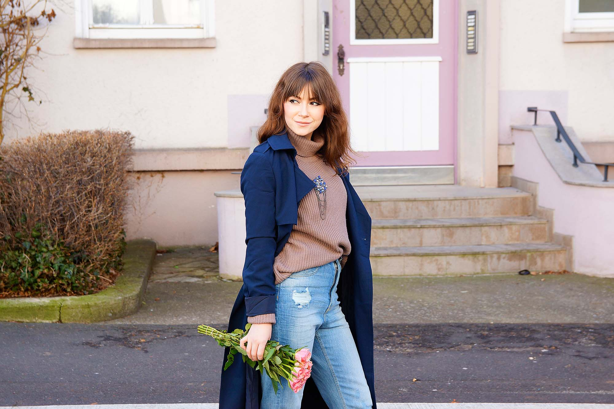 How-to-Wear-mom-jeans-outfit-ideen
