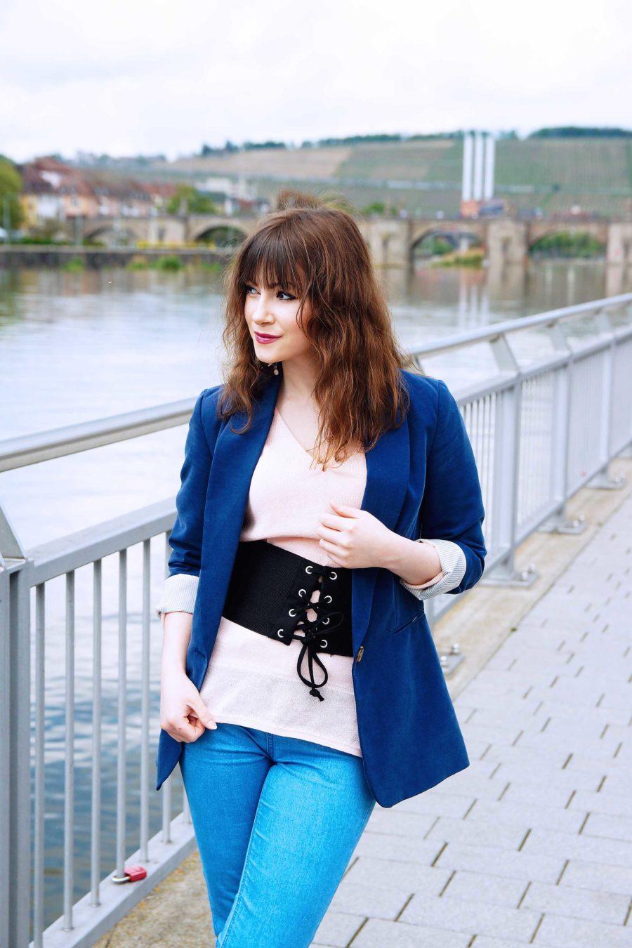Korstett-Grütel-kombinieren-corset-belt