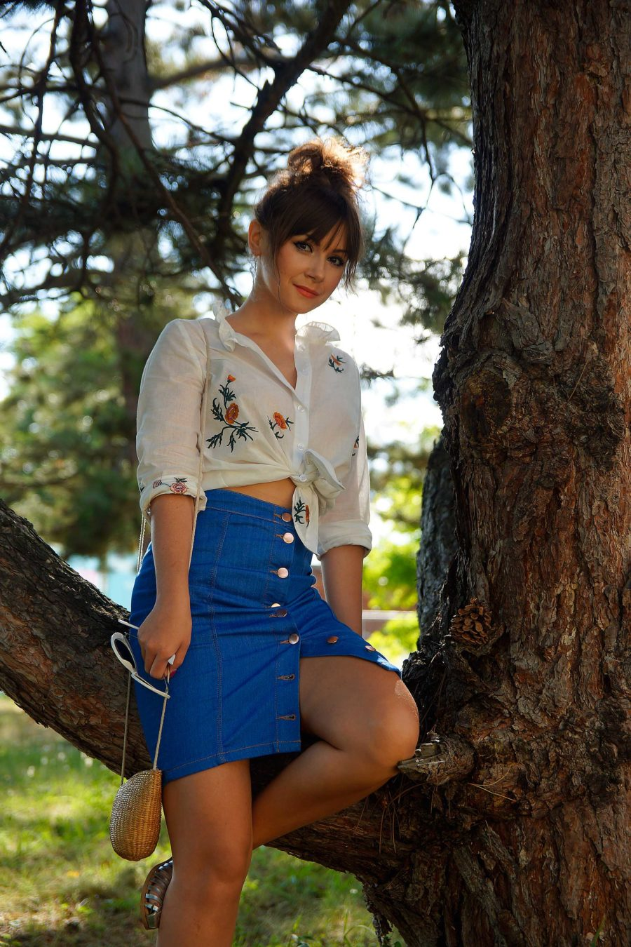 Sommer Outfit mit Jeansrock kombinieren