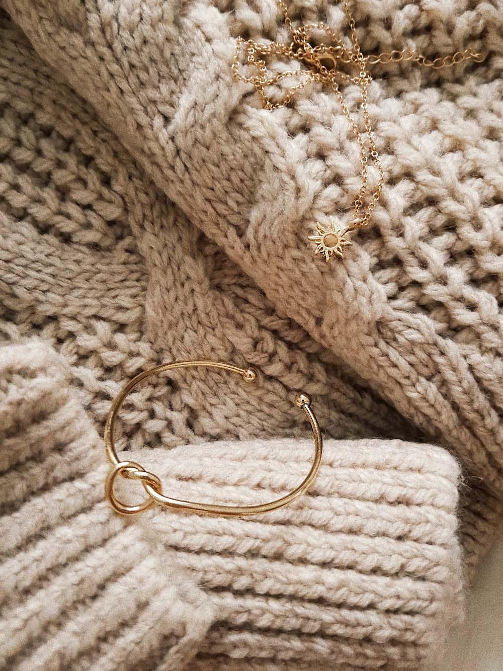 Der-perfekte-Pullover-für-Hersbt- und-Winter