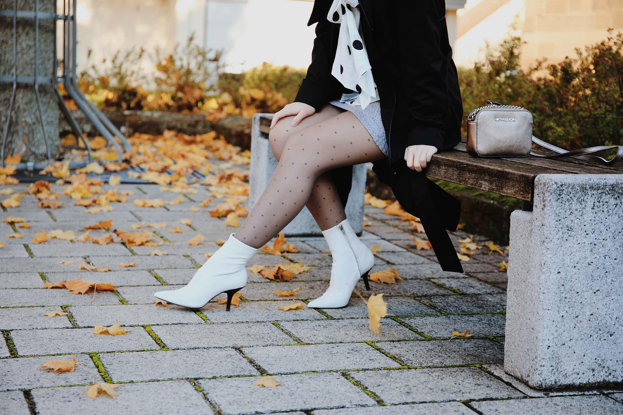 So trägst du Polka Dots im Herbst