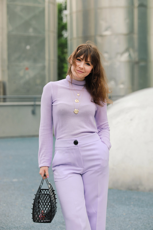 Monochromer Look fürs Büro-Modeblog-Style by An