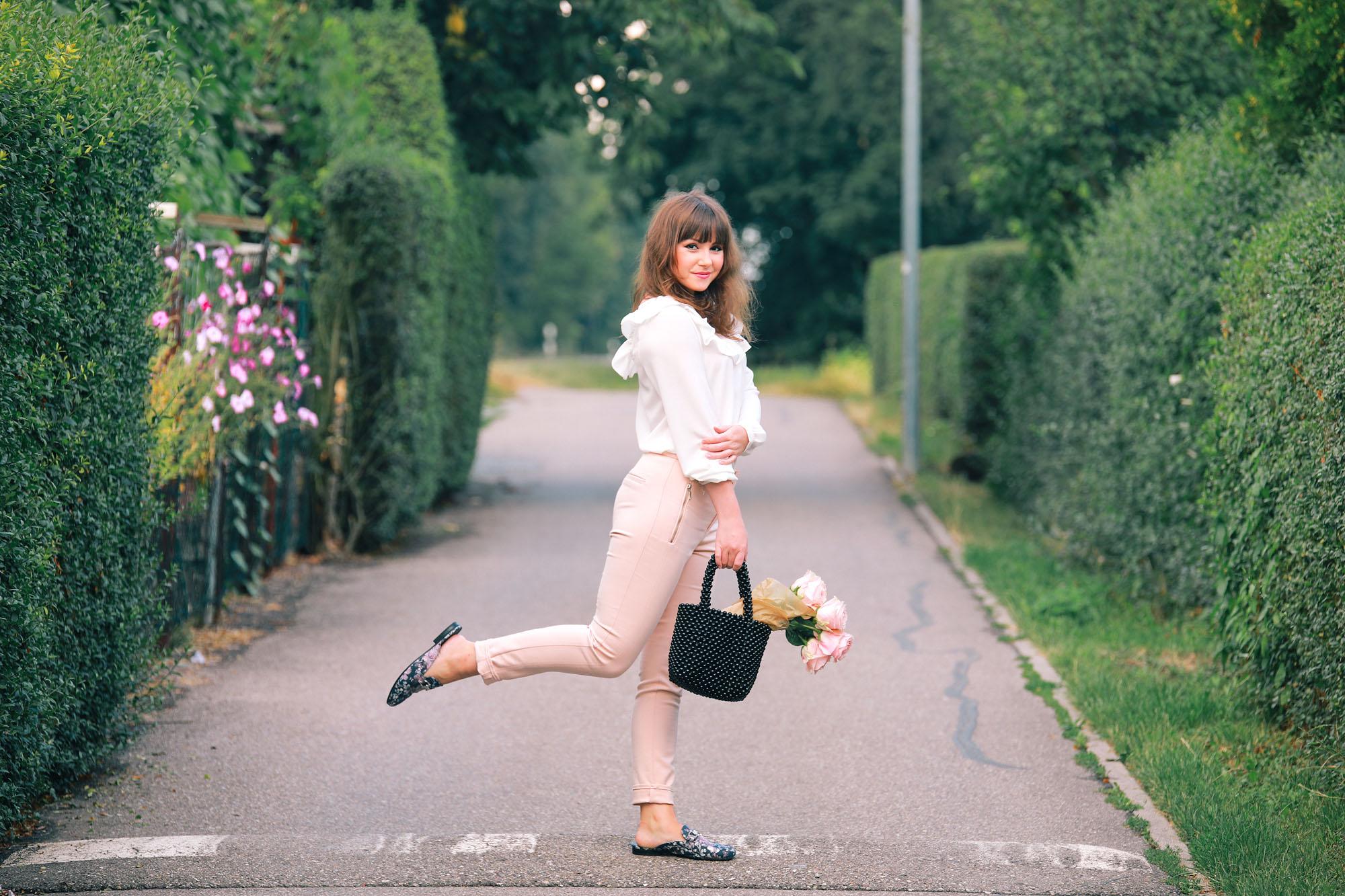 Modeblog Deutschland_romantischer Büro Look